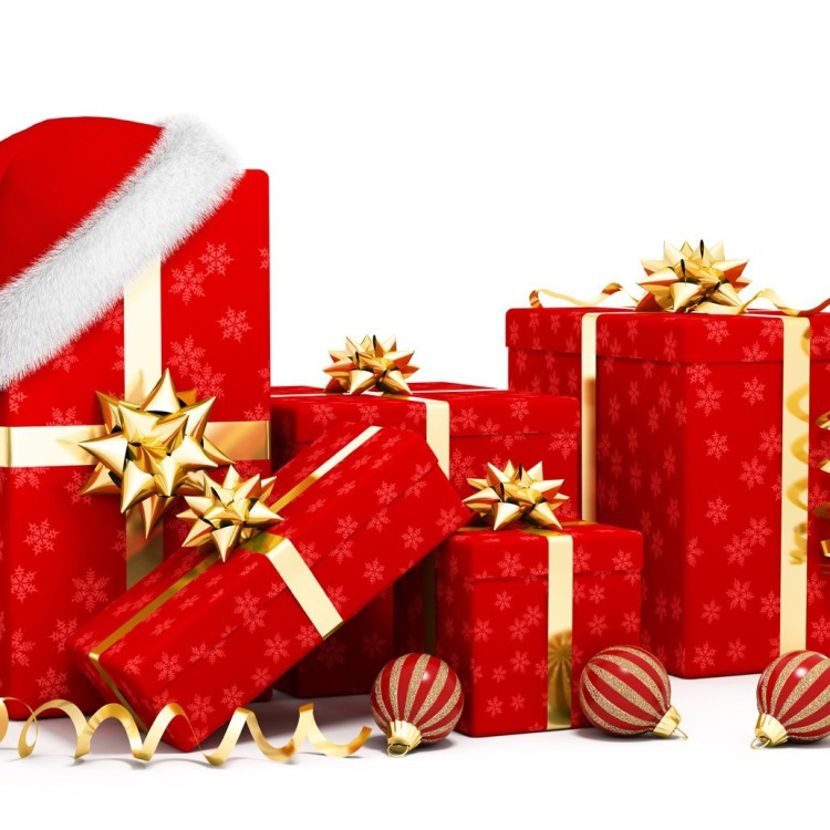 Christmas-Gifts-Boxes-With-Balls, Gift Wrapping